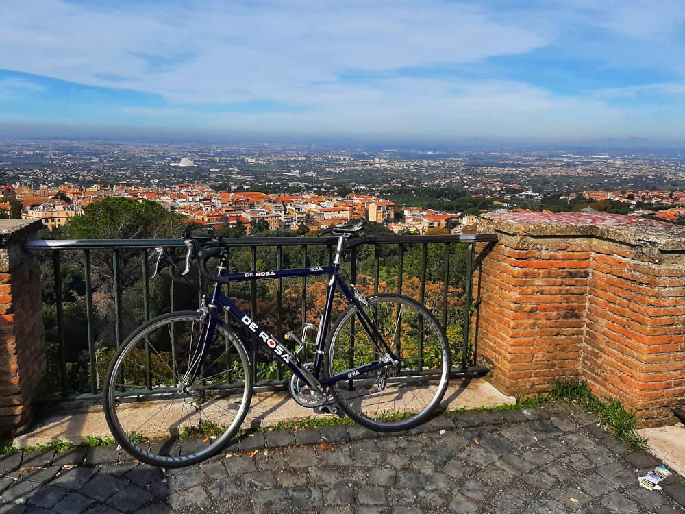 Salita al monte tuscolo in bicicletta paolo rodari 3